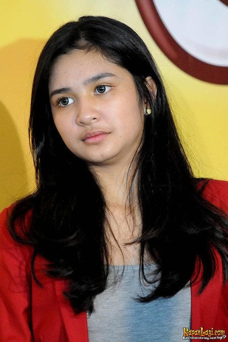 Demikianlah informasinya tentang Daftar Pemain Sinetron Siti Bling