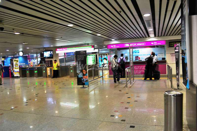 how to travel from klia to kl sentral