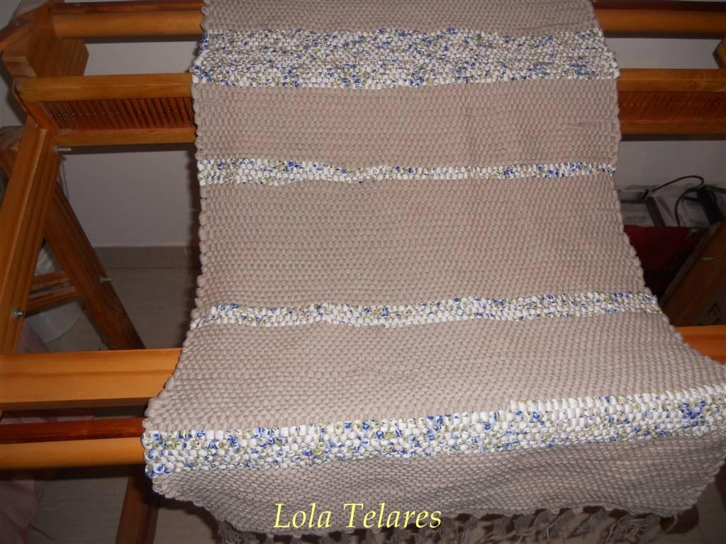 Lola telares alfombras de hilo tramadas con totora y for Alfombras de hilo