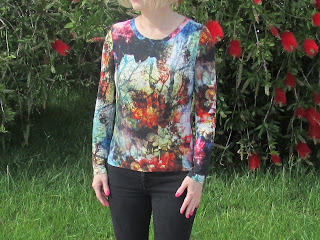 http://ladylinaland.blogspot.hr/2015/05/the-forest-motif-t-shirt.html