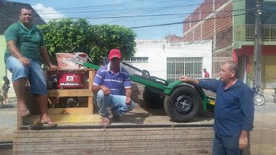AGRICULTURA FAMILIAR DE BONFIM RECEBE FORRAGEIRAS MÓVEIS