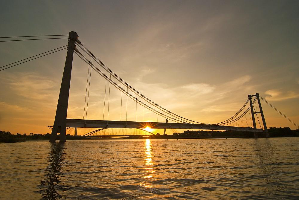 King Fisher Sunset From Putrajaya Malaysia