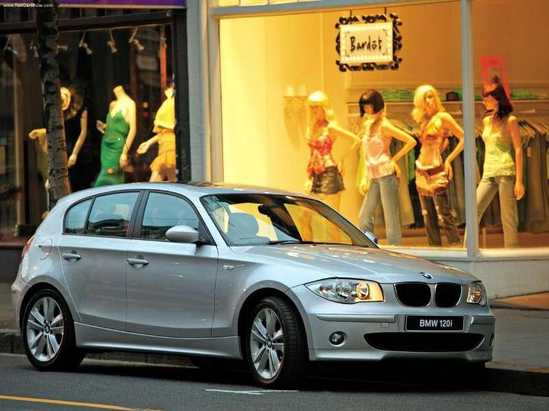 LOCOS POR BMW: BMW 120i UK Version (2005)