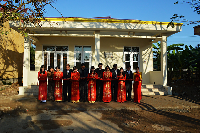 Support the Vietnam Education Society