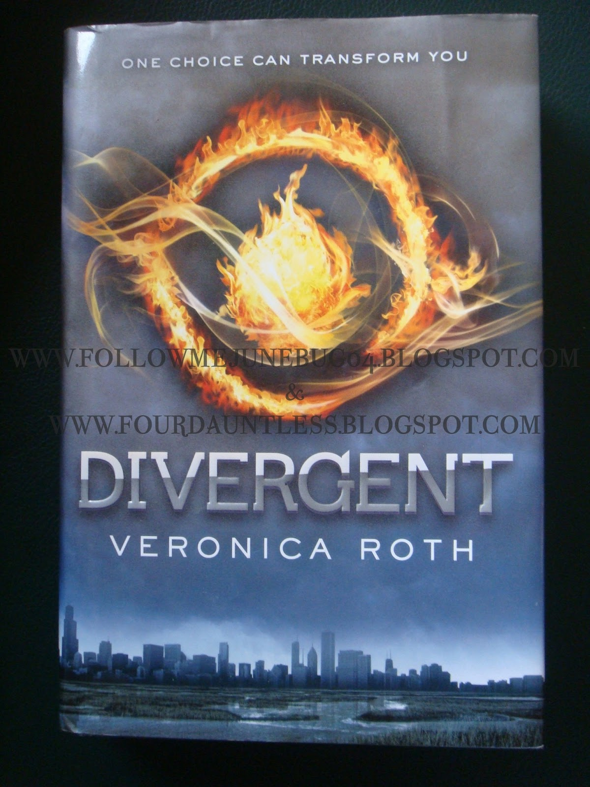 book review divergent 30062017 divergent is the first book in the divergent series by veronica roth summary (from back of book) beatrice prior is on the brink of a decision that will.