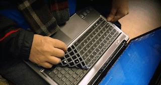 keyboard laptop sebagian tidak berfungsi, salah huruf, sering mencet sendiri, rusak sebagian, replacement, replace key, pencet terus, patah, putus jalur, o jadi 6, ngaco, ngacak, ngetik sendiri, nekan sendiri, nyetrum, menyala, not responding, menekan terus, macet, mati, menyala, mati semua, m jadi 0, mati total, mengetik sendiri, lepas, lambat, lengket, lambat merespon, lemot, kena air, kekunci, keluar angka, kacau, kepencet sendiri, keras, kadang bisa kadang tidak, kadang tidak berfungsi, jadi angka, jalan sendiri, jadi aneh, jadi kacau, jadi piano, jadi ngaco, is locked, hang, harus tekan fn, gak jalan, ga bisa ngetik, ga jalan, ga bisa dipencet, gak fungsi semua, gak bisa ngetik, error huruf jadi angka, error windows 7, error karena virus, error sebagian, error kena air, ditekan bunyi, copot, bermasalah fn, berubah jadi angka, bunyi beep, berubah fungsi, berubah menjadi angka, aneh, tidak bisa mengetik, konslet