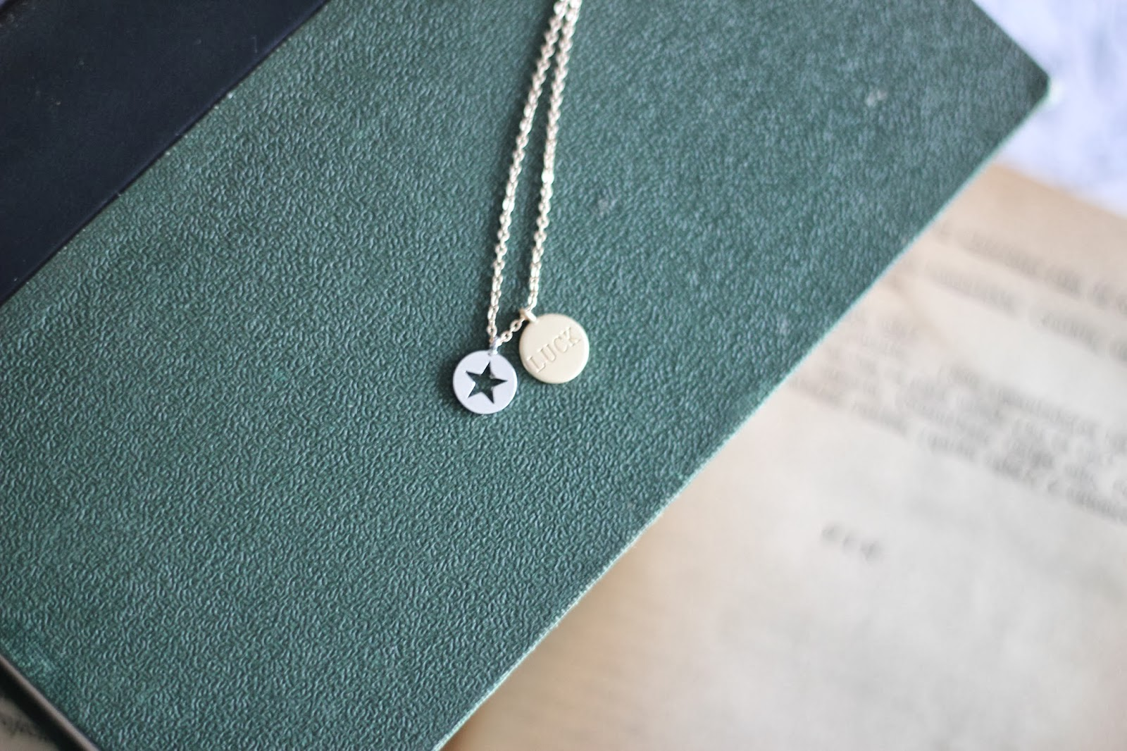 photo_pullandbear-necklace-starandluck