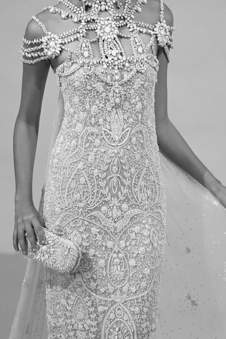 vestidos de novia llenos de pedreria