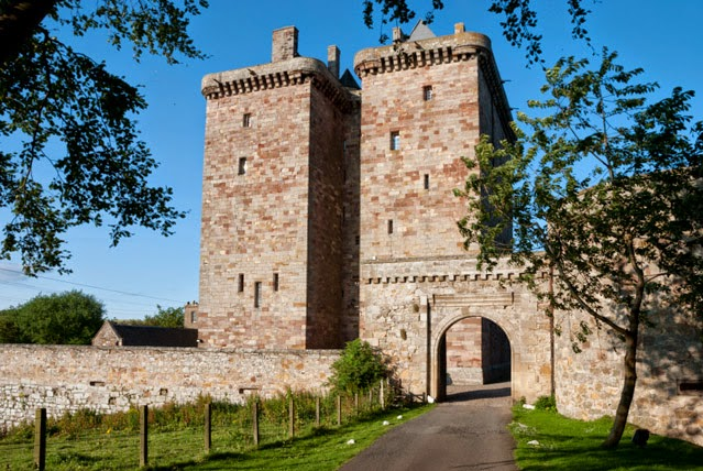 Scotiafile haunted scottish castles and stately homes for Stay in a haunted castle in scotland