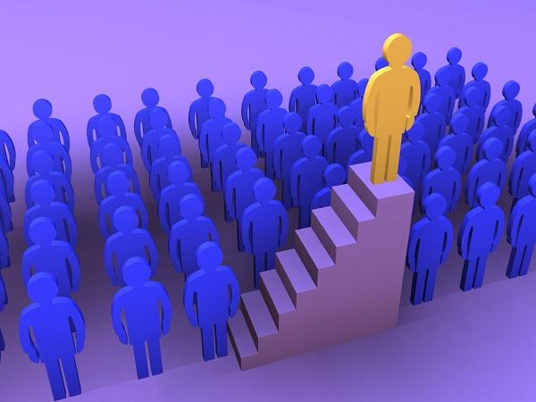 Ejemplos de liderazgo autocrático