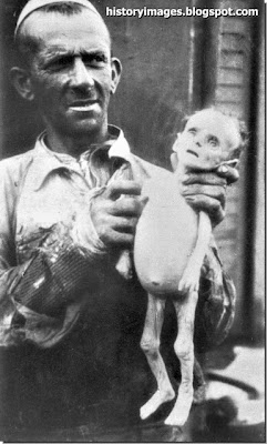JEWISH BABY DIED OF STARVATION - WARSAW GHETTO
