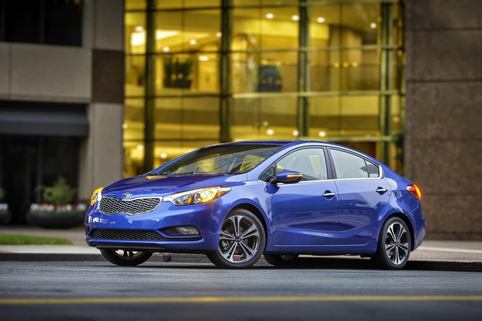 Car Reviews 2015 Kia Forte Designe blue