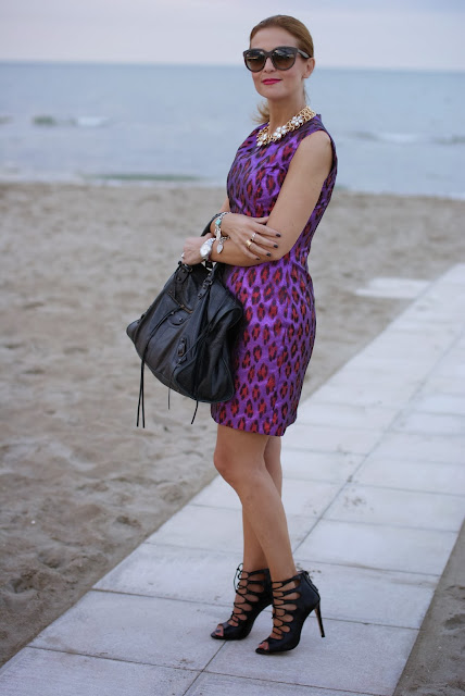 Purple animalier dress, Balenciaga Work, Zara heels, Fashion and Cookies, fashion blogger