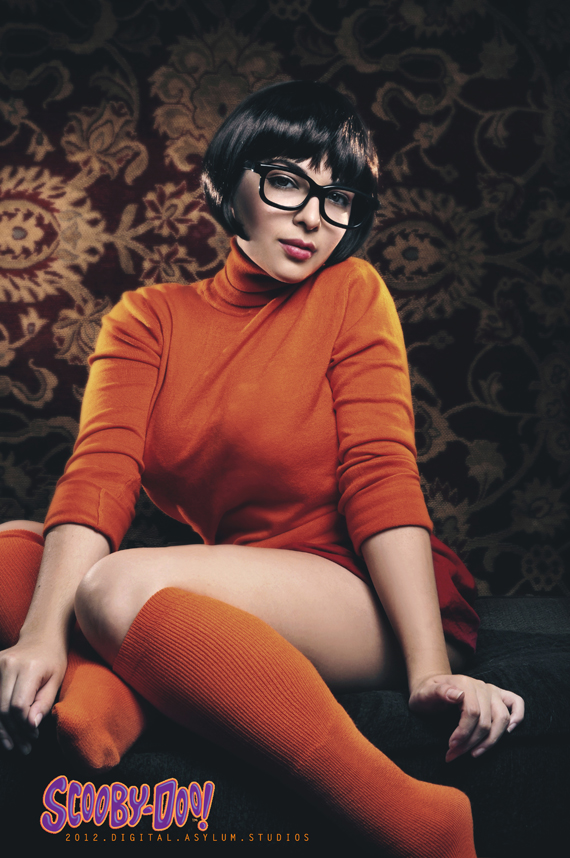 vilma dinley, sexy, cosplay, scooby doo, photo, lesbian, velma