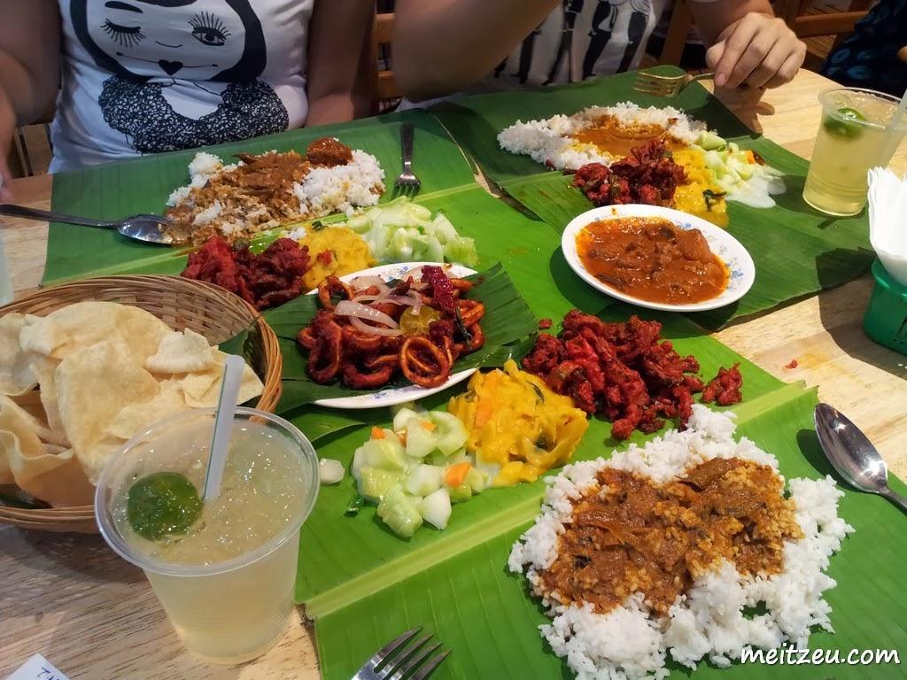 吉隆玻美食 蕉叶饭 Food In Kuala Lumpur Banana Leaf Rice By