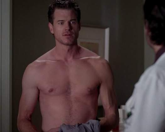 http://4.bp.blogspot.com/-ueSqZXsF_as/T__0kvz9SiI/AAAAAAAAMHA/T1WsD_2_aLw/s1600/Eric-Dane-shirtless-scene-in-Greys-Anatomy-episode-If-Then-4.jpg