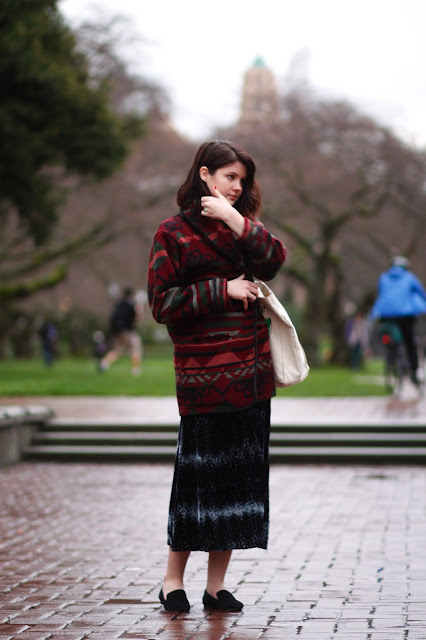 Amanda Leaty UW fashion seattle street style it's My darlin' blanket jacket