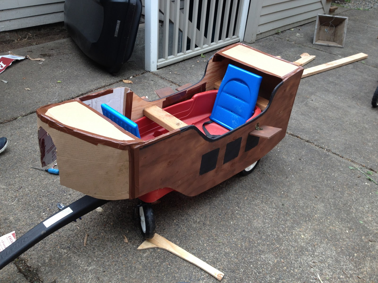 floats sand boxes and excavators pirate ship wagon float