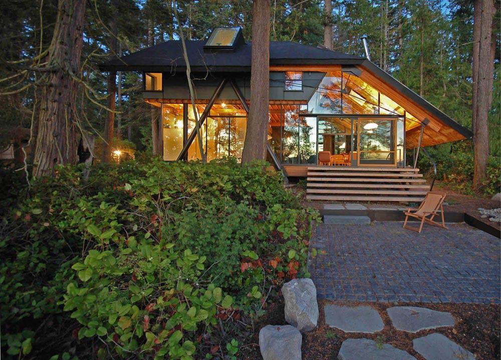 diseo de casa rstica de madera de campo bonita y con chimenea de piedra