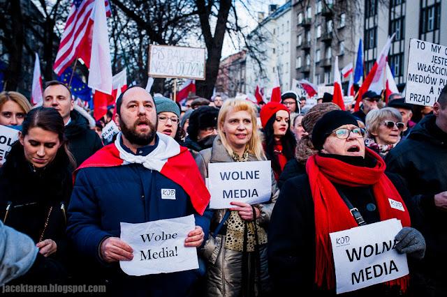 demonstracja KOD, Krakow, wolne media, reportaz, zdjecia