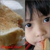 Roti dengan jem ...