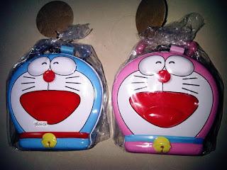 Gambar Celengan Doraemon