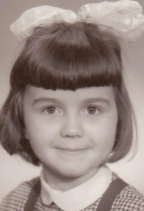 Iulia Motoc, in clasa I (intai), 1973, Romania
