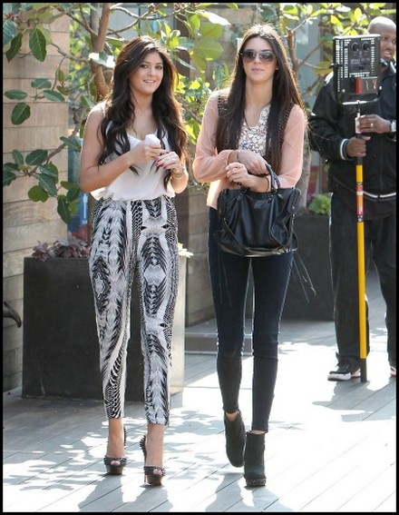 Kendall and Kylie Jenner Outfits