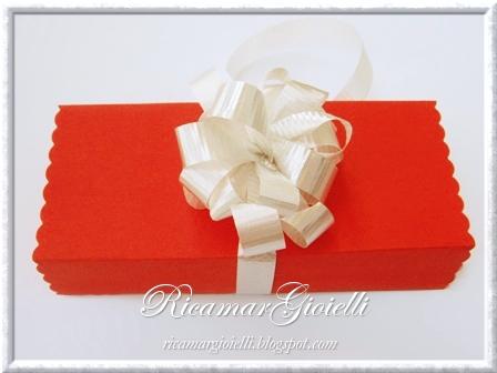 Confezione regalo mollette per capelli con fiocco in peyote