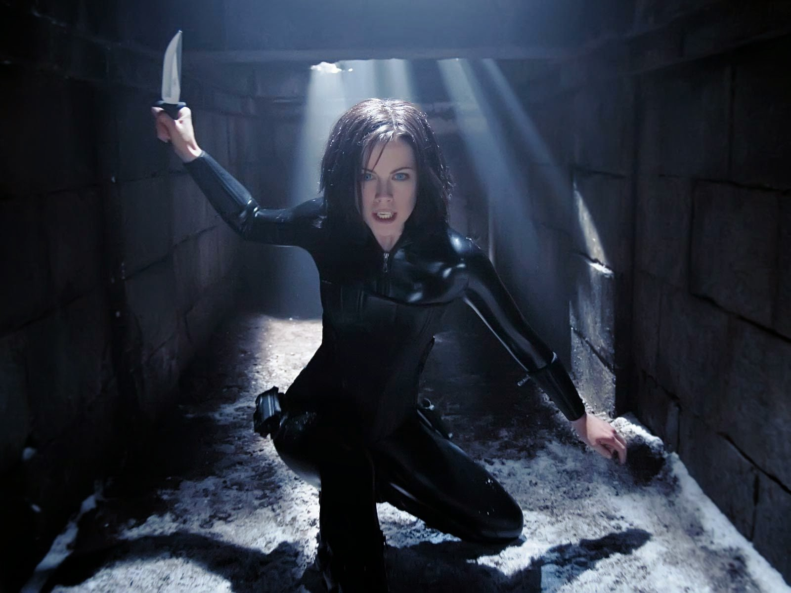 Will Kate Beckinsale Return in Underworld 4? - MovieWeb