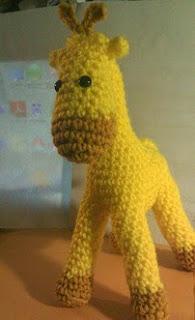http://www.ravelry.com/patterns/library/geoff-da-giraffe