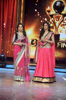 Sridevi promotes 'English Vinglish' on 'Jhalak Dikhhla Jaa'