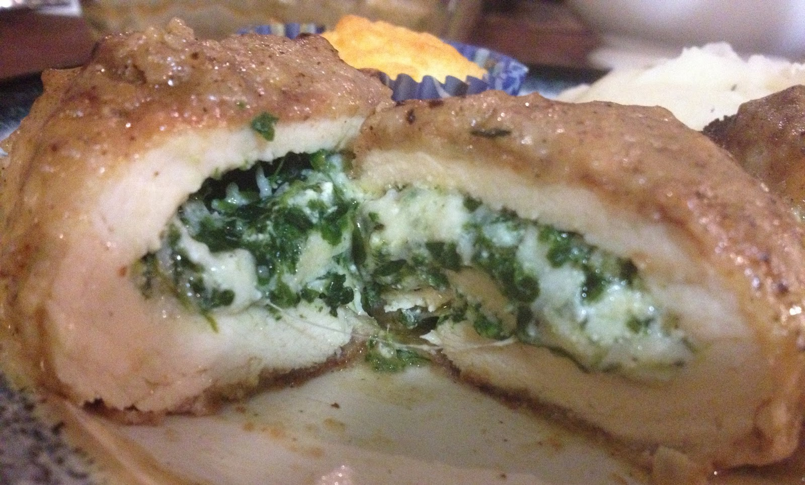 RECIPES: SPINACH & CHEESE STUFFED CHICKEN
