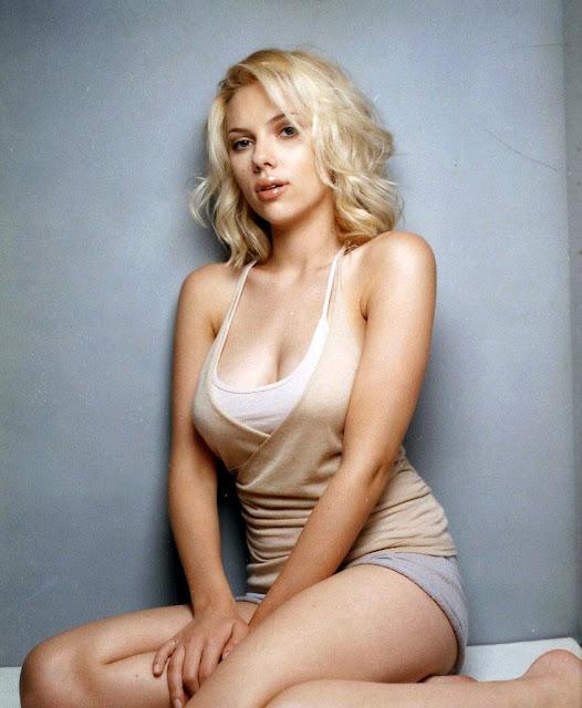 Scarlett_Johansson_wallpaper_13
