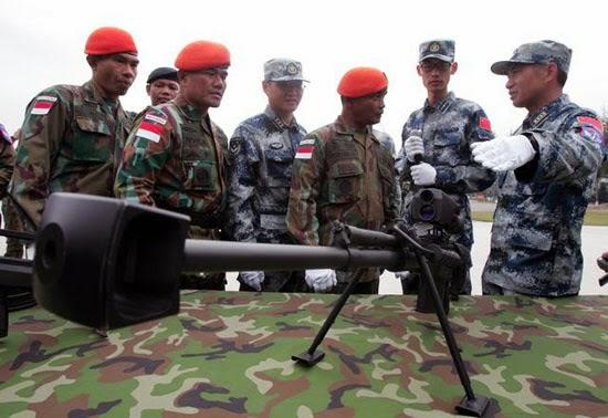 Paskhas Latihan Anti-Teror di Tiongkok