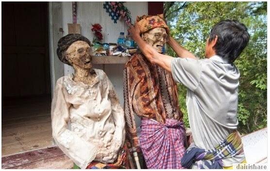SERAM BUAT PERSIAPAN RAYA BERSAMA MAYAT HANYA DI INDONESIA 10 GAMBAR