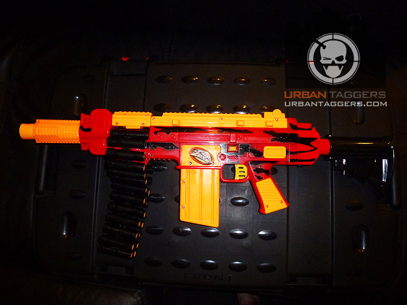 Air Zone Punisher Gun http://urbantaggers.blogspot.com/2011/11/air-zone-quick-fire-hoo-rarrr.html