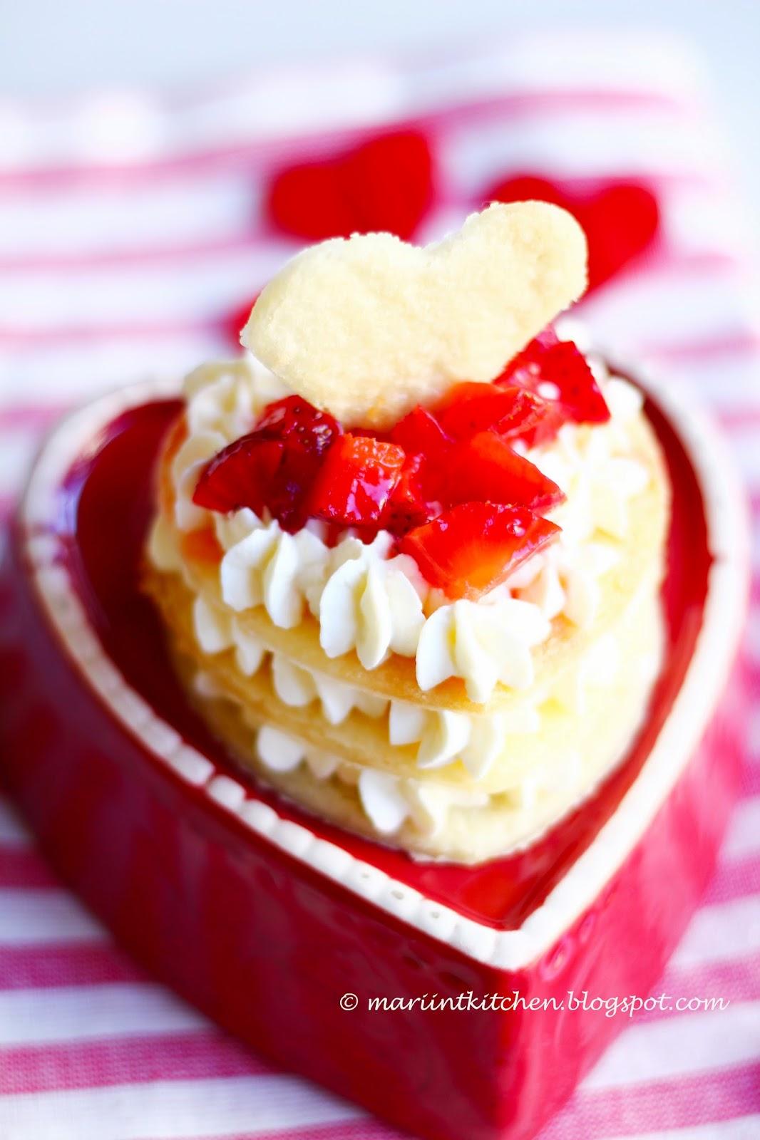 tortina semplicissima (e bellissima!!) per festeggiare san valentino....