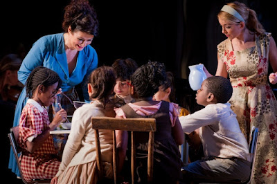 Carolyn Dobbin, Lauren Zalozzi & children - Massenet Werther - English Touring Opera - photo Robert Workman