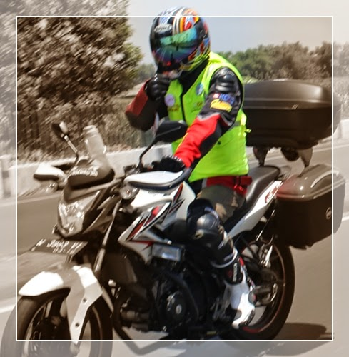 Safety Riding 4 Sehat 5 Selamat