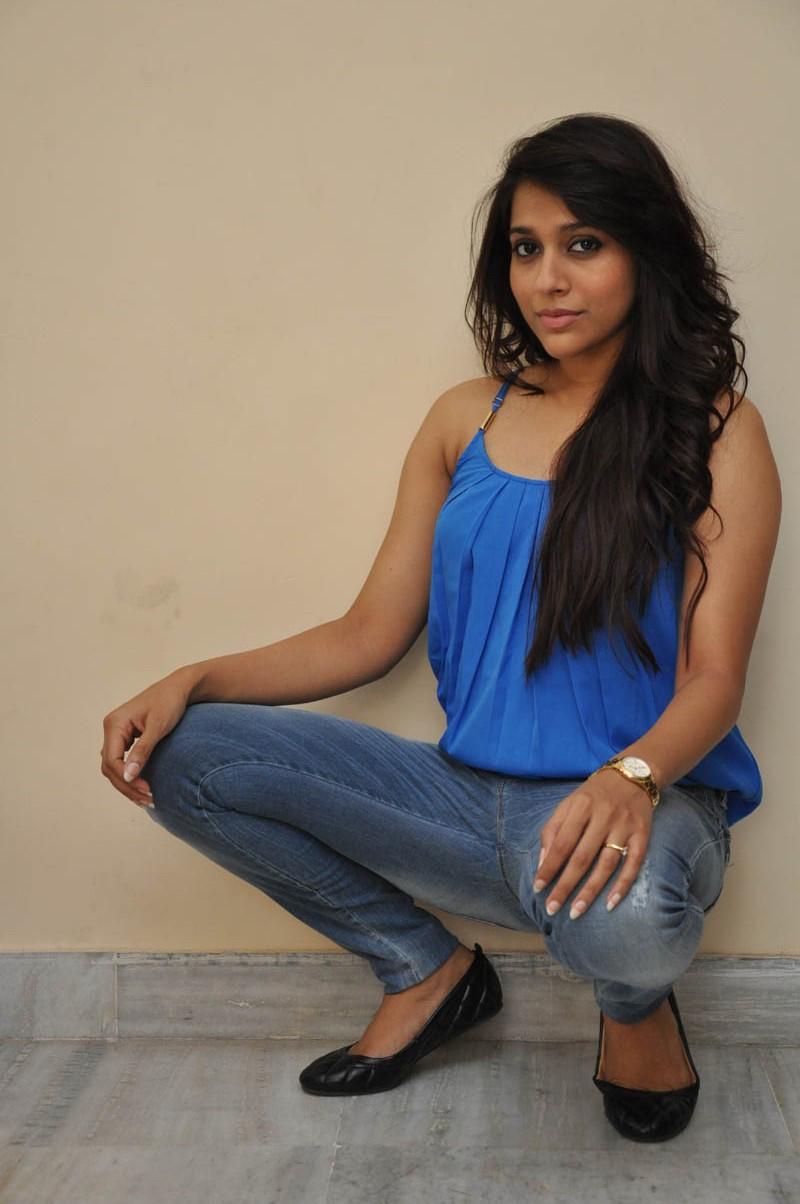 Rashmi Gautam new glam pics-HQ-Photo-15