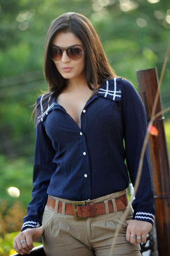 Lucky Sharma hot Photo Shoot | HQ Pics n Galleries !! Lucky Sharma Hot