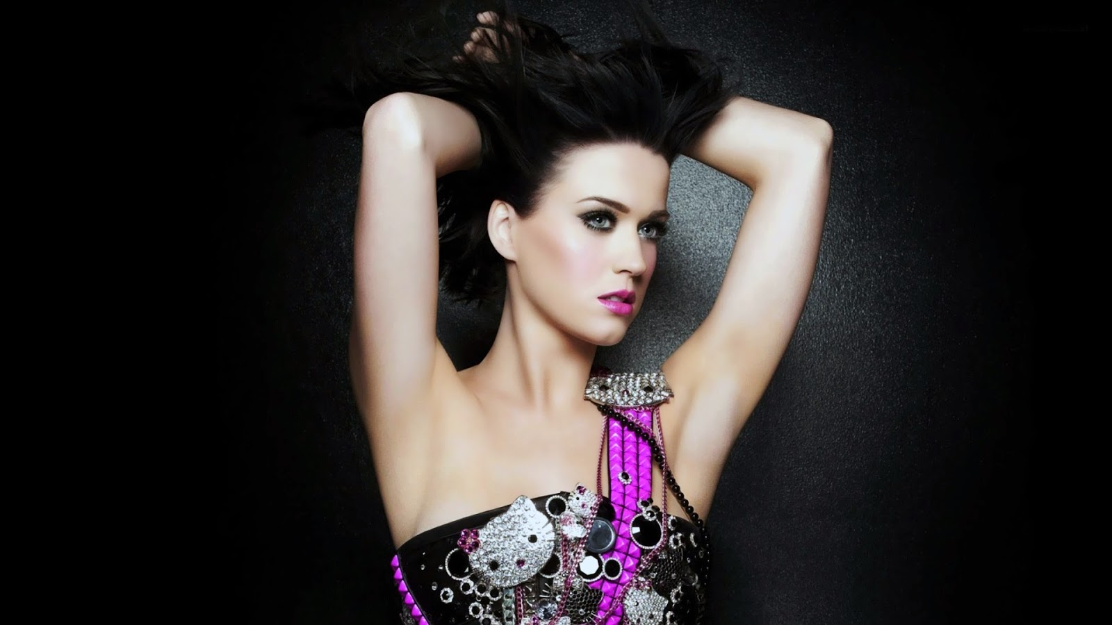 Return to katy perry: hot pics and biography