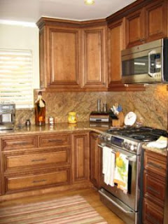 Maple Kitchen Cabinets Pic