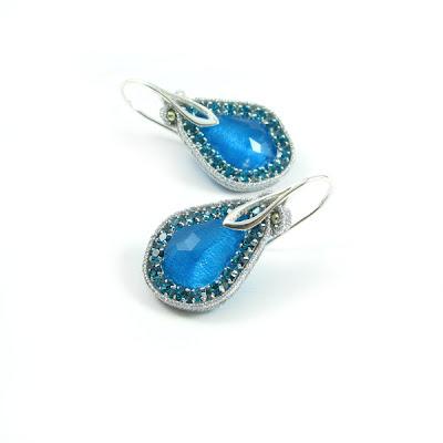 kolczyki sutasz, błękitne, kryształy Swarovski, lazurowe, ślubne, PiLLow Design, Małgorzata Sowa, soutache, sutaszowe, biżuteria sutasz