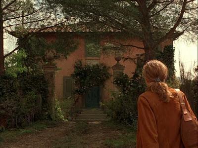 Diane Lane in Under the Tuscan Sun | Villa Bramasole (Villa Laura), Cortona, Tuscany, Italy | TheVillaHunter.com