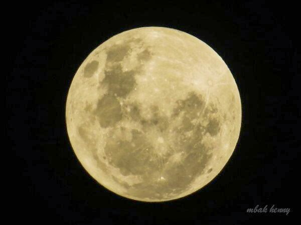 GALERI: Indahnya Bulan Purnama 16 Maret 2014