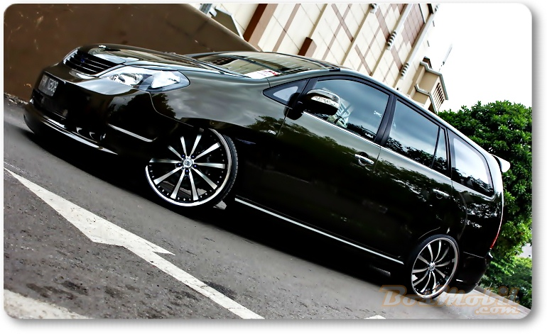 What Is Your Car And Motorcycle Toyota Innova Modification