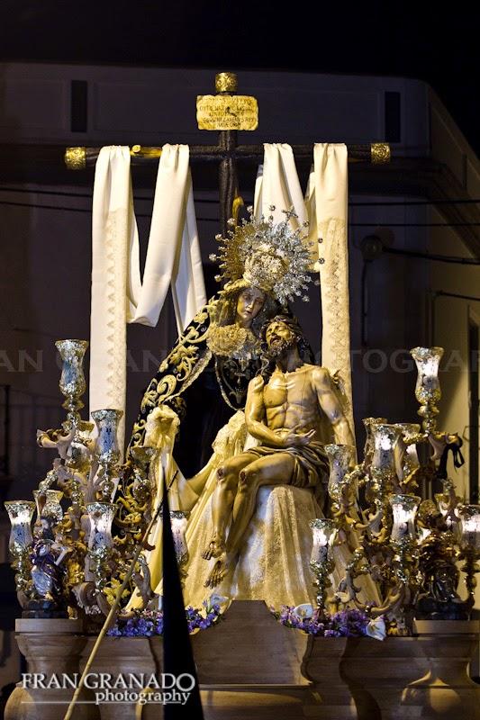 http://franciscogranadopatero35.blogspot.com/2014/11/la-hermandad-de-la-vera-cruz-miercoles.html