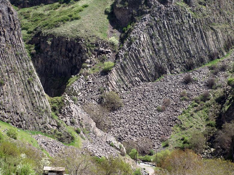 Armenia, Garni